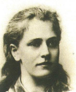 Lucie 19 jaar (1890)