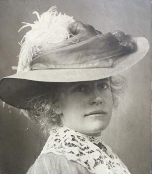 Lucie van Dam van Isselt in 1909