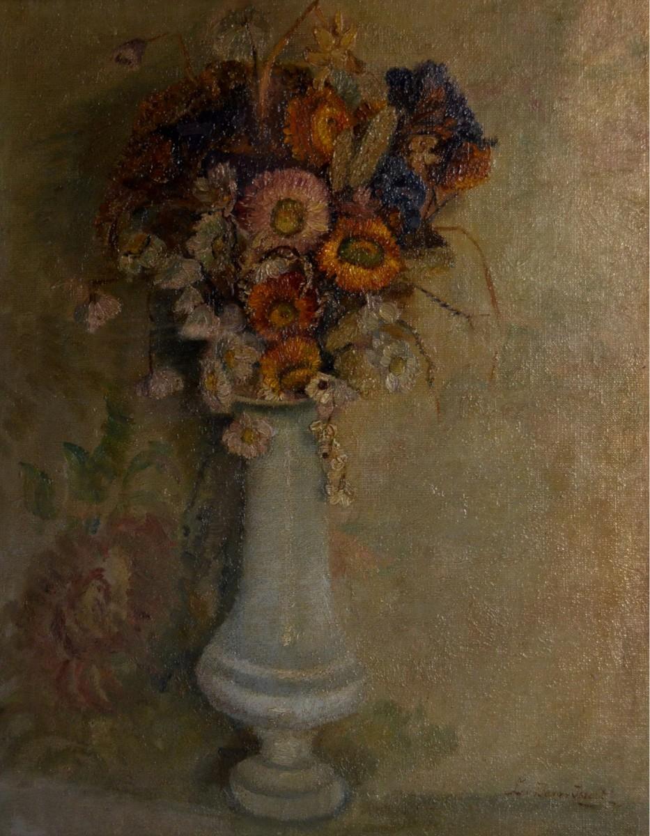 Hoge vaas met bloemen door Lucie van Dam van Isselt