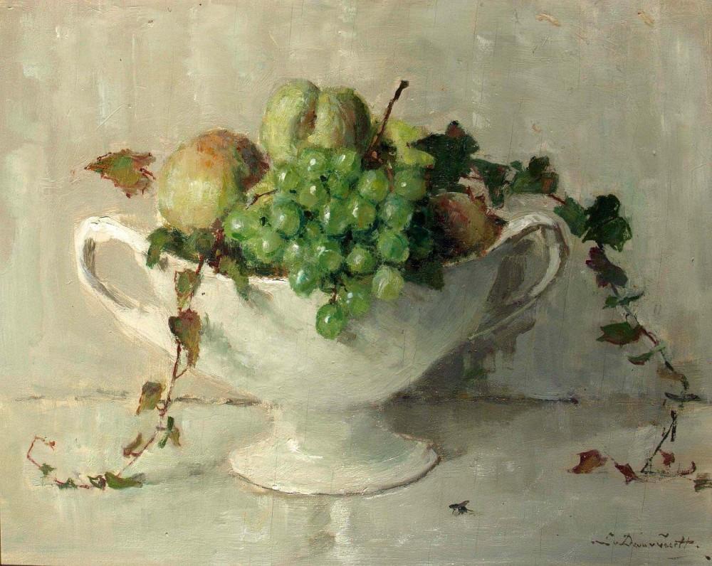 Fruitschaal met witte druiven (ca. 1925-1930) door Lucie van Dam van Isselt