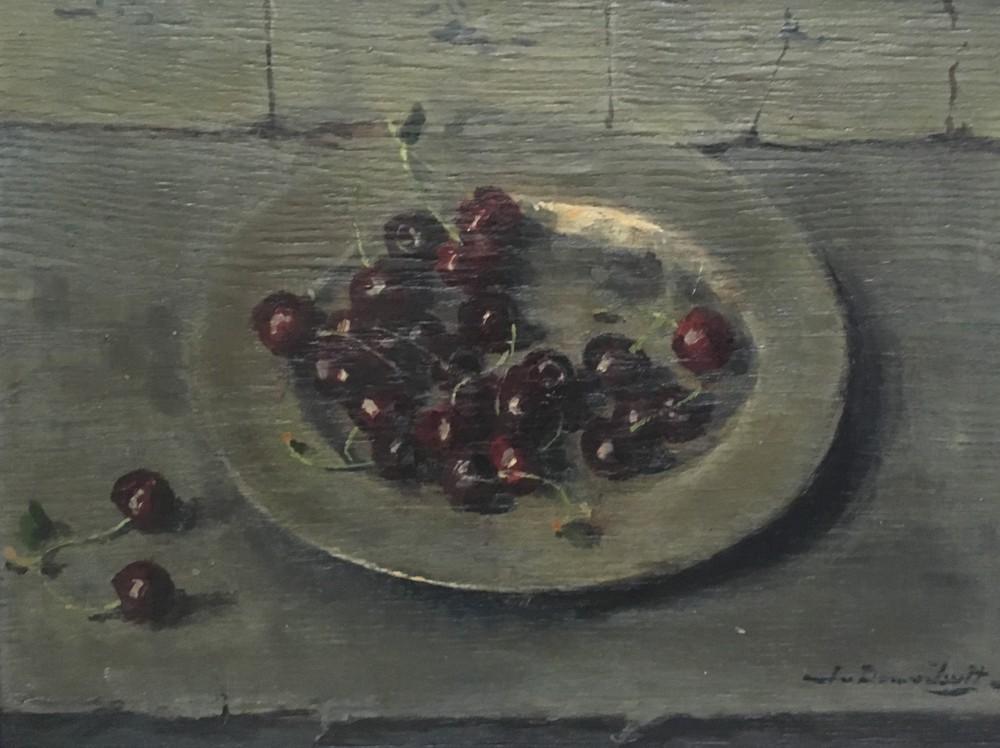 Kersen op tinnen bord (ca. 1946) door Lucie van Dam van Isselt