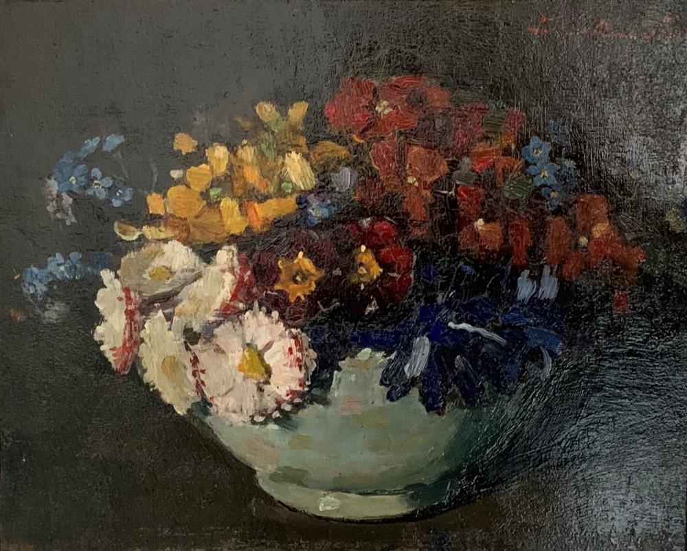 Kommetje met voorjaarsbloemen door Lucie van Dam van Isselt