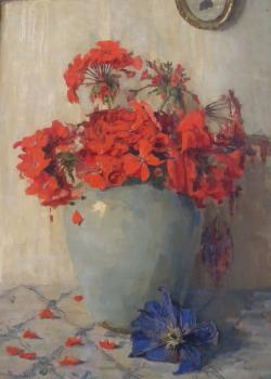 Laatste bloeiende geraniums in vaas door Lucie van Dam van Isselt