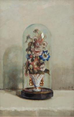Bloemen in vergulde porseleinen vaas onder glazen stolp door Lucie van Dam van Isselt
